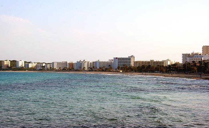 Strand von Cala Millor auf Mallorca